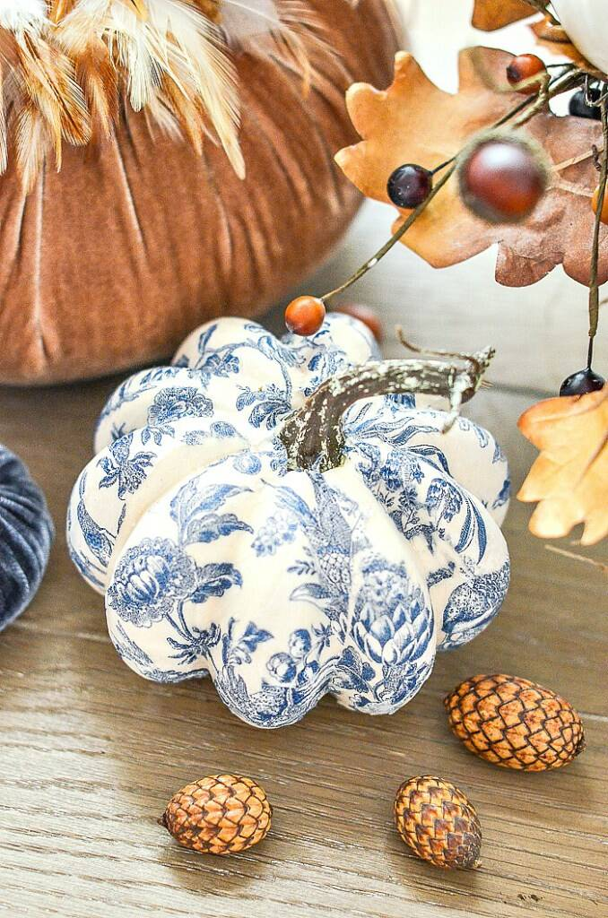 Chinoisierie pumpkin sitting on a table