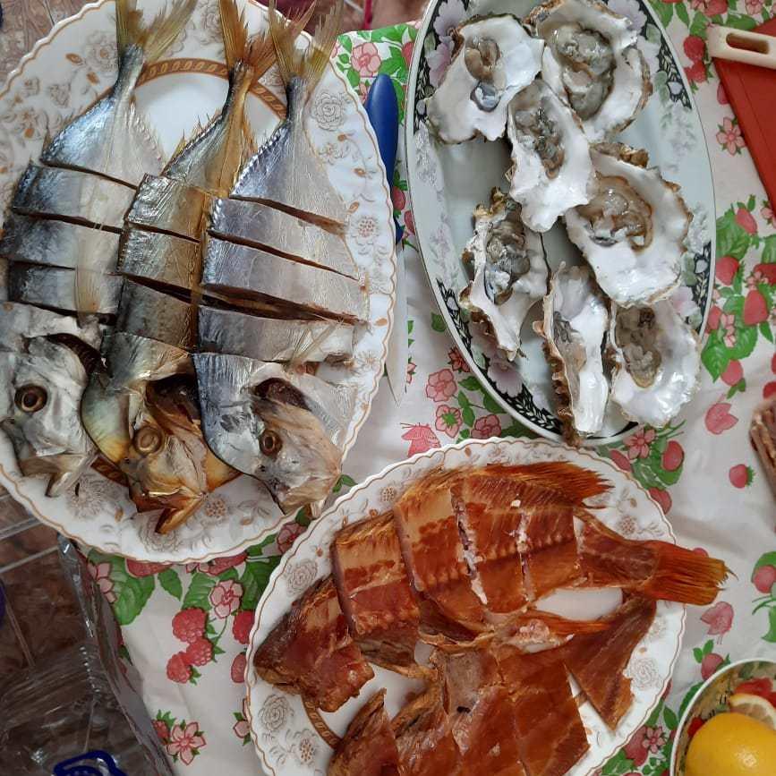 Устричные фермы и море продукты Крыма