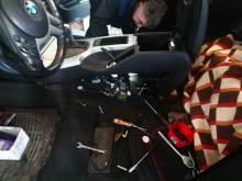 BMW X5 - Rucna kocnica