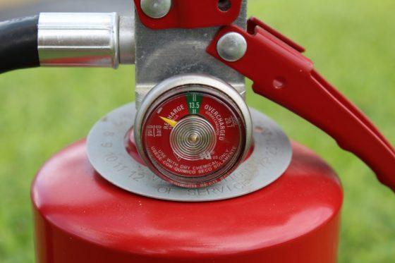 Incarcare si verificare stingatoare de incendiu