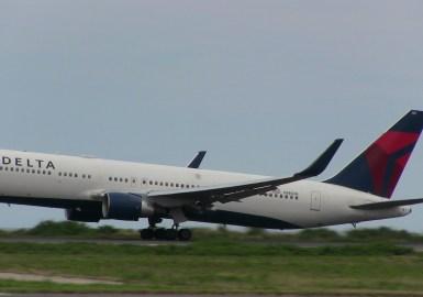 ベストアロハ デルタ航空