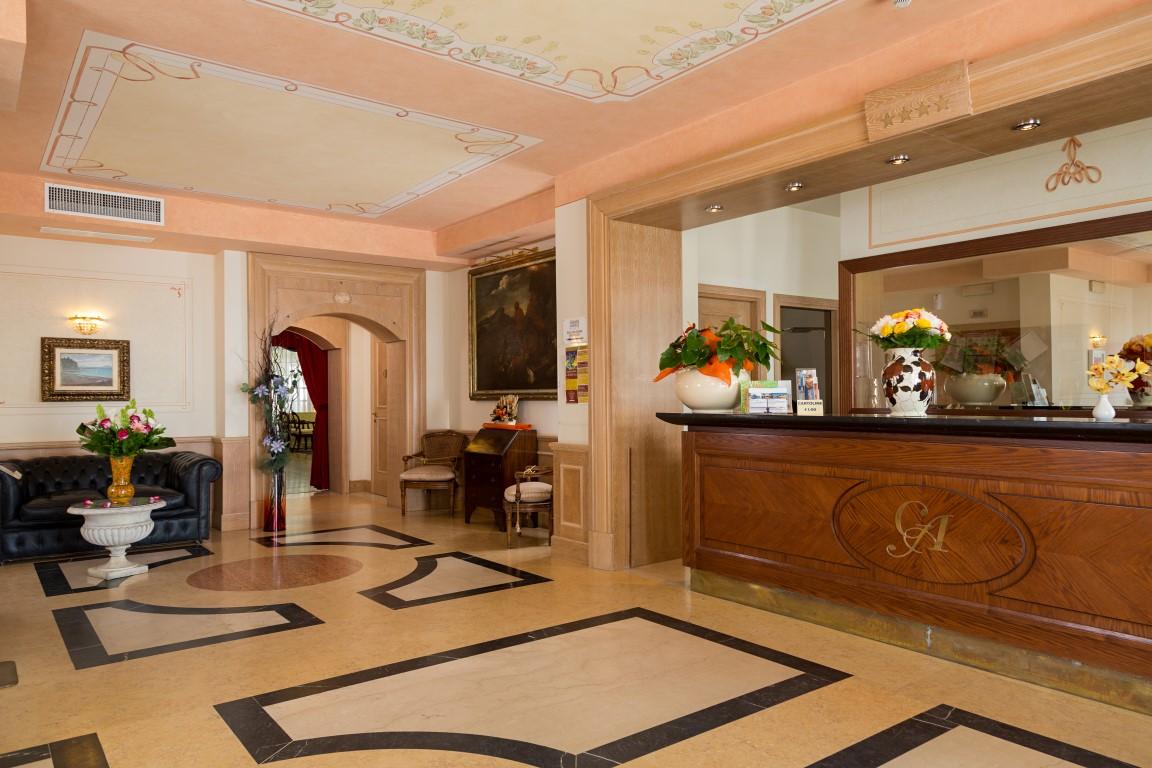 Hotel Grande Albergo Sestri Levante  Hotel a Sestri Levante