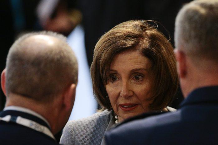 Kongre Demokratlarından Yardım Paketi Hamlesi