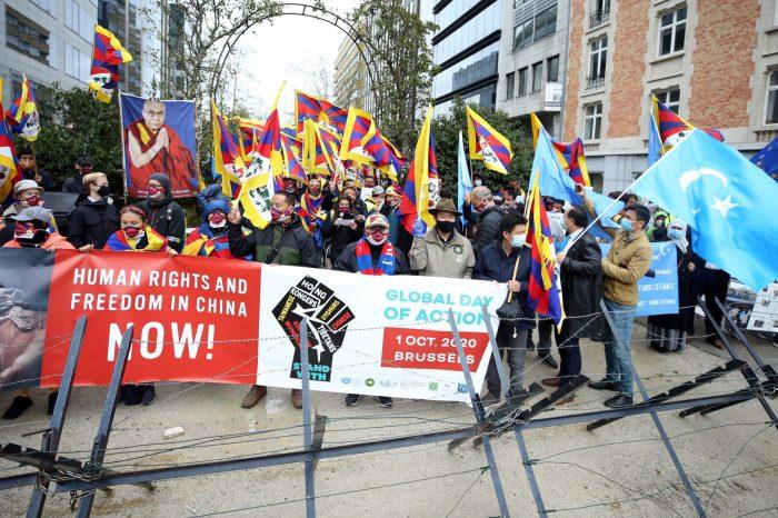 ABD'nin Tayvan ve Tibet'e Yardımlarını Artırması Çin'in Tepkisini Çekti