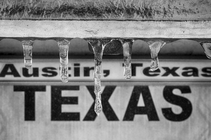 Cumhuriyetçiler Texas'daki Kar Fırtınasından Siyasi Yara Alıyor