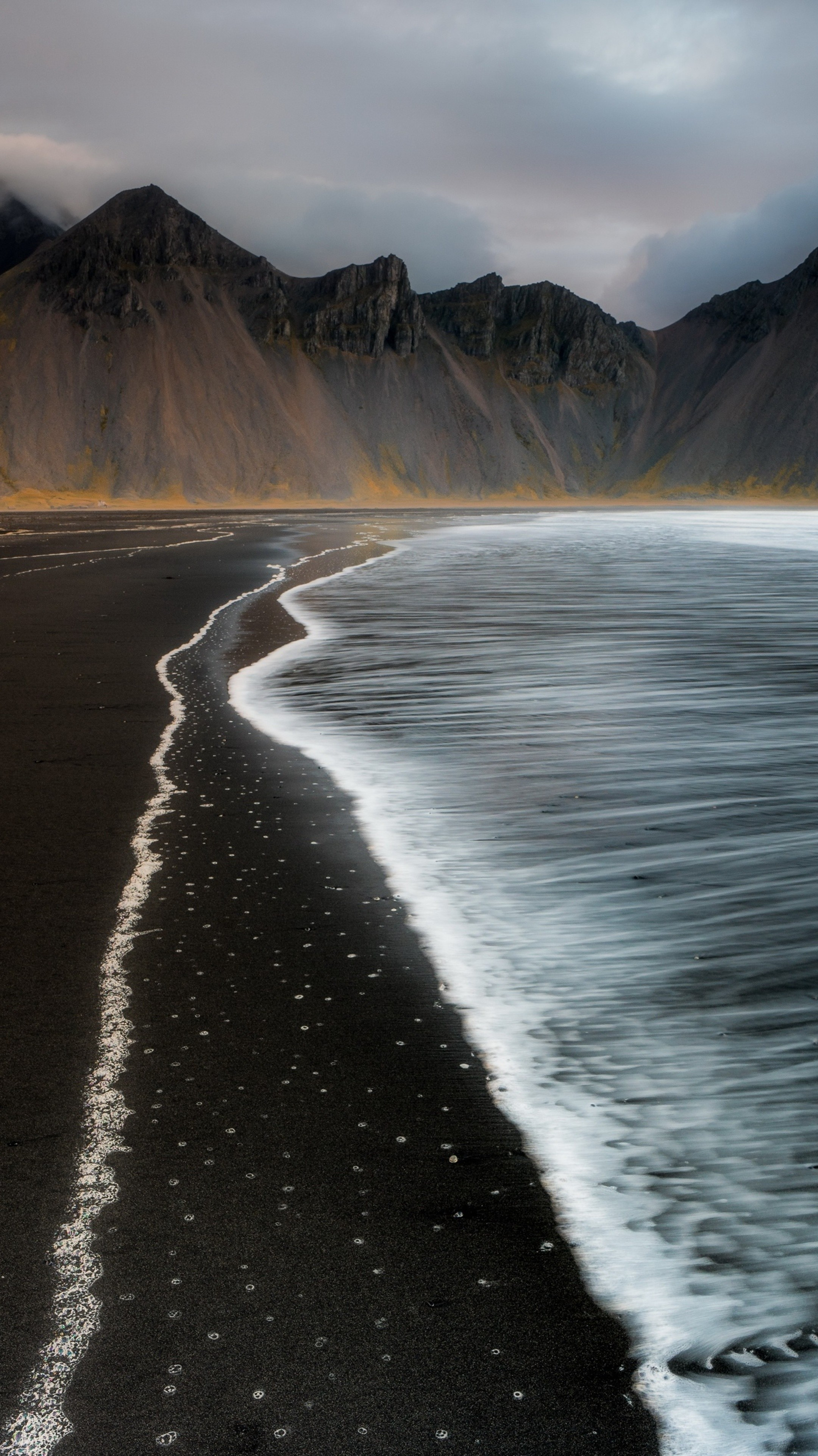 Beach Foam Iceland Mountain Nature T0 Wallpaper [2160x3840]