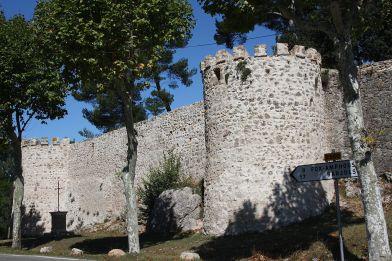 1024px-Sillans-la-Cascade_32