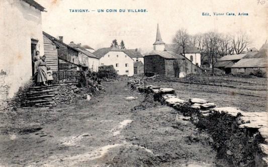Tavigny, route de Wandebourcy