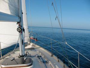 Light air sailing on the Gulf