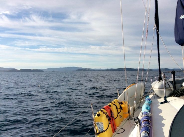 Beneteau 445 sailing to Bay of Islands