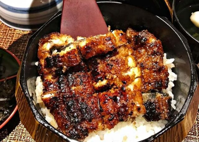 Man Man 2 online 800x569 Unagi Showdown: We Compared 3 Specialty Grilled Eel Restaurants In Singapore To Find The Best