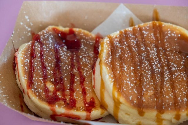 SweeT.Rex 25 SweeT.Rex: S$1.50 Souffle Pancakes & Other Affordable Desserts At Mei Ling Food Centre
