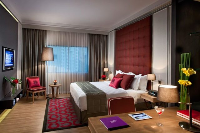Orchard Hotel Premier Suite Bedroom 800x533 10 Hotels In Singapore With Special National Day 2018 Dining & Staycation Promos
