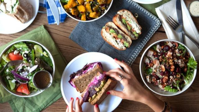 MealPal ONLINE 2 e1534323161547 MealPal Promo Link: Get S$30 Off This Meal Subscription Plan In Singapore