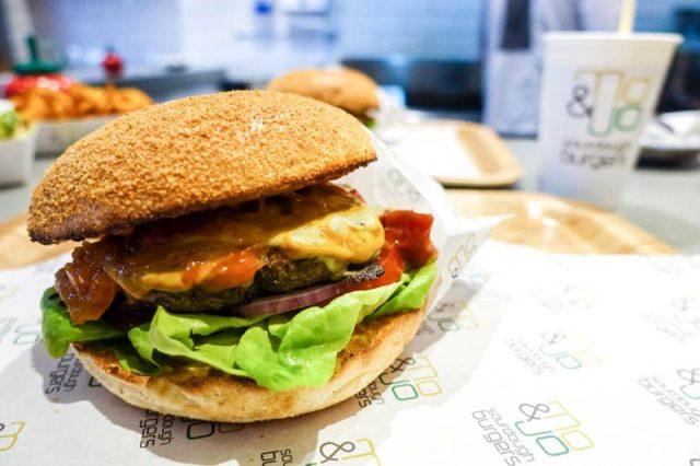 Mo + Jo Burgers 10