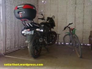 Beda biker dan  rider