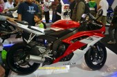 YZF-R6 striping merah