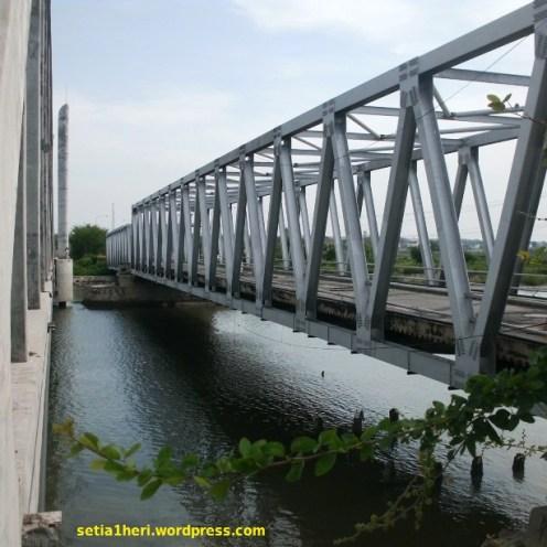 jembatan tua sedayu lawas