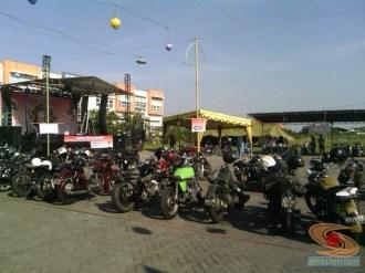 kopdar motor antik club indonesia di gresik 2014 (16)