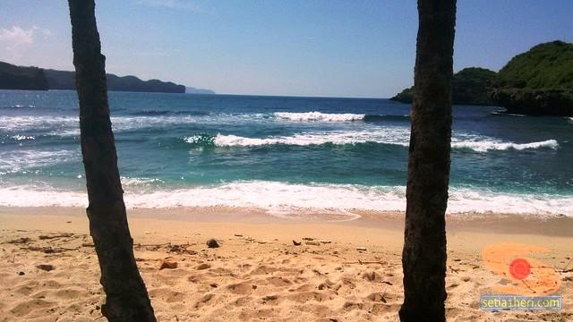 Pantai Srau Pacitan tahun 2015 (13)
