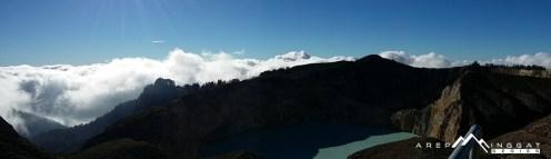 diatas awan Gunung Kelimutu