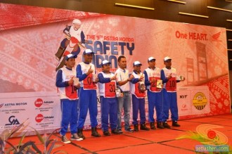 pemenang lomba Astra Honda Safety Riding Instructors Competition tahun 2015 di Palembang, Sumatera Selatan (4)