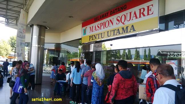 Maspion Square Surabaya untuk mengurus paspor