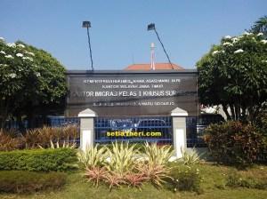 kantor imigrasi klas 1 khusus surabaya di Waru, Sidoarjo
