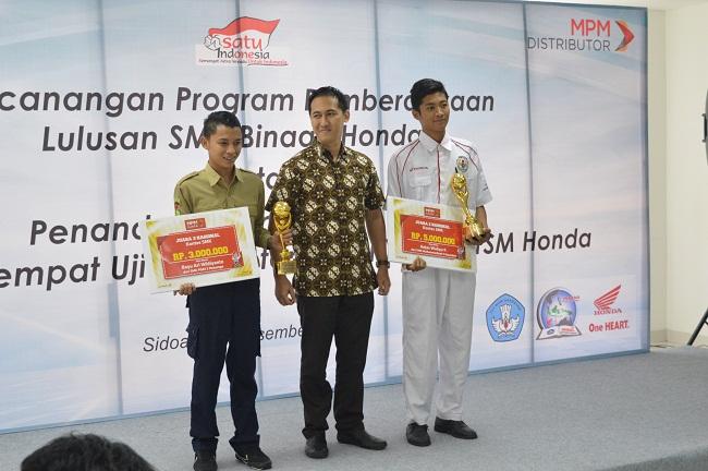 MOU PT MPM dengan SMK TSM di Jawa Timur tahun 2015 (3)