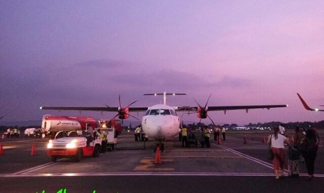 pesawat ATR Wings Air di Bandara Adi Sutjipto Jogjakarta