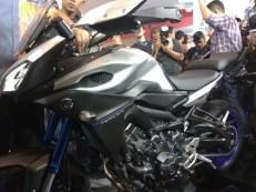 Yamaha MT-09 Tracer di booth Yamaha di Indonesia International Motor Show (IIMS) 2016 (14)