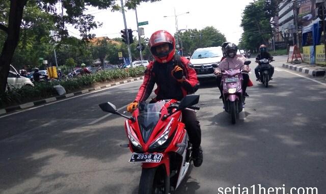Honda All New CBR150R tahun 2016 dibuat riding harian~03