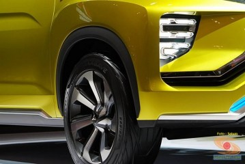 mobil konsep mitsubishi XM concept 2016 diperkenalkan di GIIAS tahun 2016 (9)