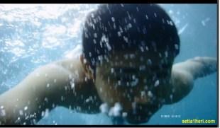 hasil-kamera-kogan-buat-berenang-dipantai-tahun-2016