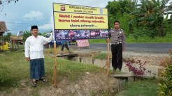 kampanye-keselamatan-berkendara-yang-uni-dan-kocak-dari-polres-sambas-kalimantan-barat-tahun-2016-2