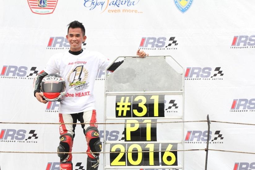 gerry-salim-raih-gelar-juara-kejurnas-irs-supersports-600cc-tahun-2016-1