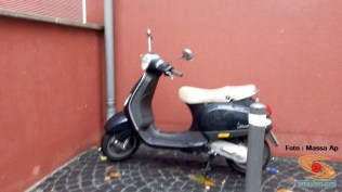 motor-vespa-matik-di-jalanan-jepang-tahun-2016