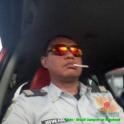 irwan asal balongpanggang pelaku diduga pengemudi jazz merah horror kecelakaan di cerme 2016