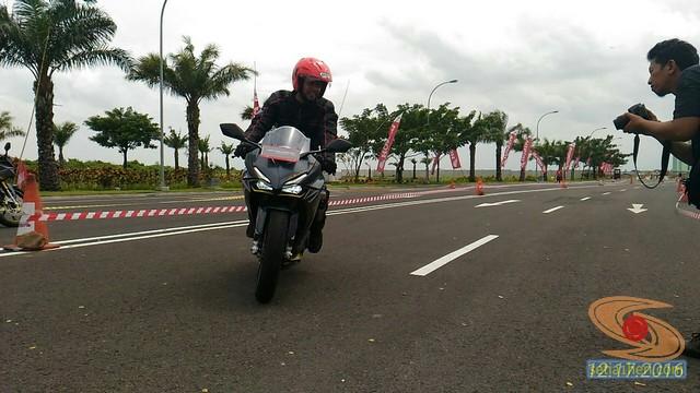 test ride honda cbr250rr tahun 2016 di kota surabaya (1)