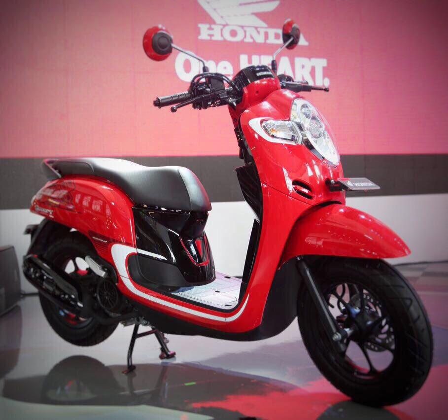 Daftar 3 Varian dengan 8 Warna Honda All New Scoopy tahun