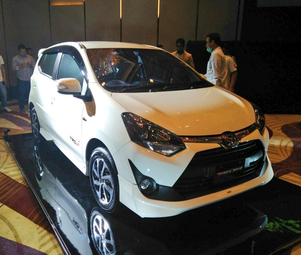 Gambar Modifikasi Warna Toyota Agya Terlengkap Modifikasi Mobil Sedan