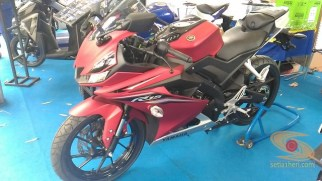 gambar detail all new yamaha r15 v3 tahun 2017 warna merah (9)