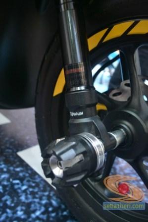 honda scoopy 12 inch modif caferacer tahun 2017 (6)