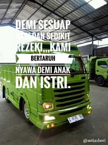 Tulisan Kaca Samping Truck Canter Yang Bikin Gerrrgerrr