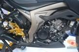 Modifikasi Suzuki GSX S 150 buat biker turing plus sidebox tahun 2017 (17)