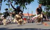 Serunya Honda CB150R StreetFire Konvoi Kemerdekaan 2017 di Kota Surabaya (12)