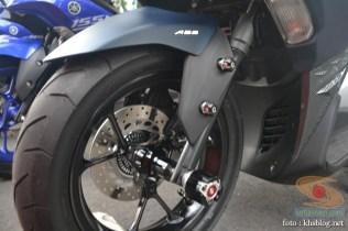 Kumpulan modifikasi minimalis Yamaha Aerox 155 VVA (17)
