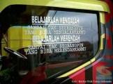 Kumpulan Tulisan lucu di kaca samping truk ....hehehe....gokil 2017 (2)