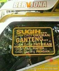 Kumpulan Tulisan lucu di kaca samping truk ....hehehe....gokil 2017 (4)