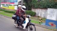 Nunggang motor bebek jadul tapi helm fullface, masalah buat elo (2)